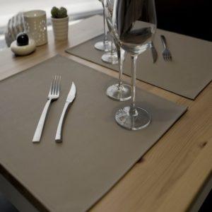 Set de table en simili cuir classic taupe